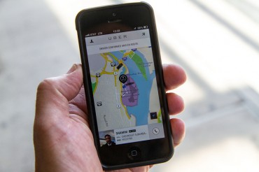 Uber Begins Commercial Service, Engages in War with Seoul City Government
