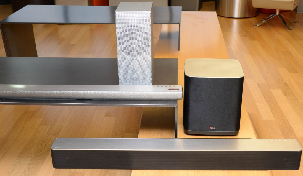 Unlike other Bluetooth speakers, streaming to a Music Flow Wi-Fi Series speaker from a smartphone continues uninterrupted when receiving a call. (image: LG Electronics)