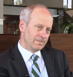 Michael Sandel will be receiving honorary citizenship after meeting Mayor Park Won-soon. (imgae: Wikipedia)