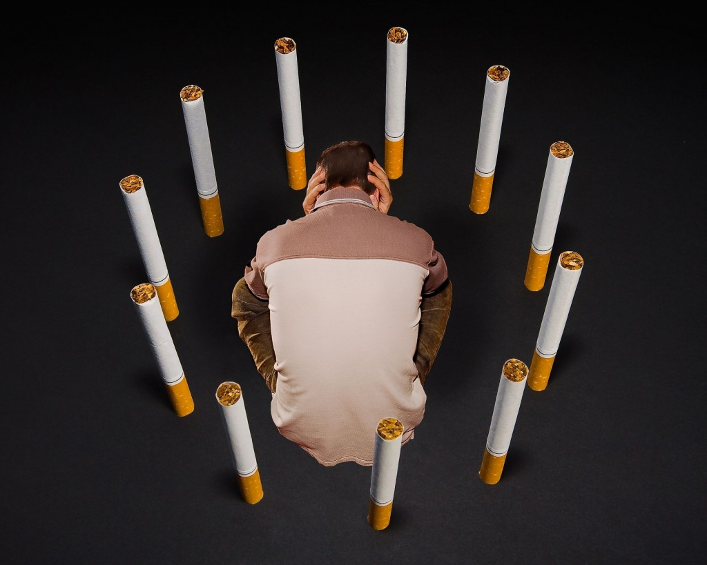 This is the first case ever in Korea where a worker's illness caused by second-hand smoke was legally recognized to be caused by an occupational hazard, amid the Korean High Court not finding tobacco manufacturers liable for lung cancer in April after 15 years of lung cancer patient lawsuits. (image credit: Kobizmedia/ Korea Bizwire)