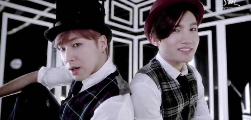 TVXQ Break Japanese Sales Record with Its New Album