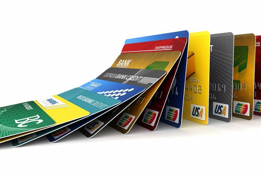 Korean credit card spending is on pace to exceed 700 trillion won (US$634 billion) in 2015. (image: Kobiz Media / Korea Bizwire)