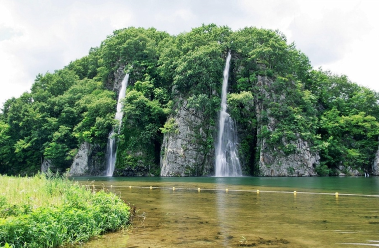 The provincial government plans to inject 260 million won (US$ 239,740) to establish services such as park interpreters, trail maintenance and event programs. (image: Cheongsong National Geopark)