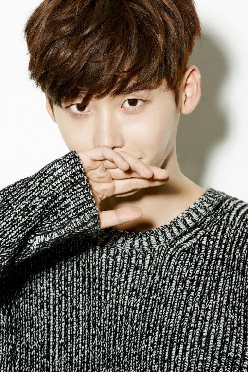 "Lee, who recently starred in the well-regarded TV series ""Pinocchio,"" has already topped a string of popularity charts in China. (image: Wellmade Entertainment)"