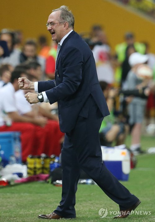 Stielike said he didn't care whether South Korea finished first or second in the group, as long as the players demonstrated their mental strength. (image: Yonhap)