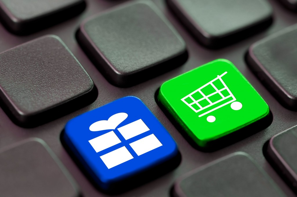Product reviews on online shopping sites and Q&A comments on Naver can now be deleted as they fall under 'right to be forgotten' category. (image credit: Kobiz Media)