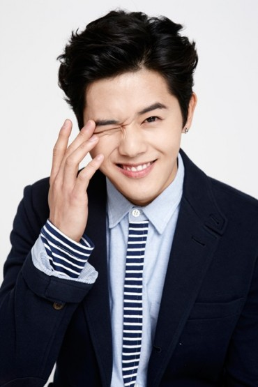 ZE:A Kim Dong-Jun to Star in Web Drama with China's Rising Commercial Star