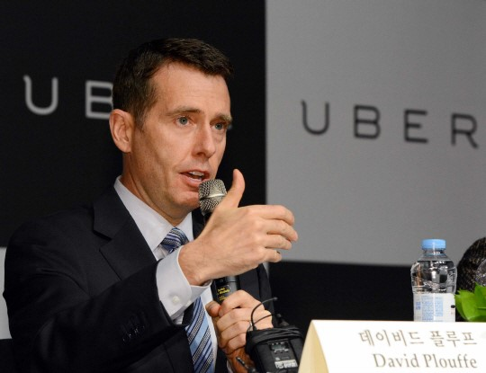 Uber SVP David Plouffe asked the Seoul government to set up a registration system that requires Uber drivers to meet a certain standard. (image: Uber Korea)
