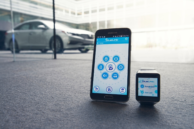 Blue Link platform allows features like remote start and service information to be quickly accessed through devices like smartwatches and smartphones. (image: Hyundai Motor America)