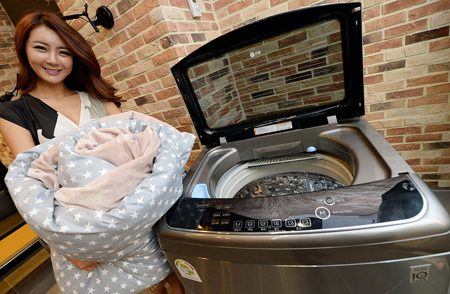 Sales of large washing machines with load capacities of more than 16kg have accounted for almost 50 percent of all sales this year.  (image: LG Electronics)