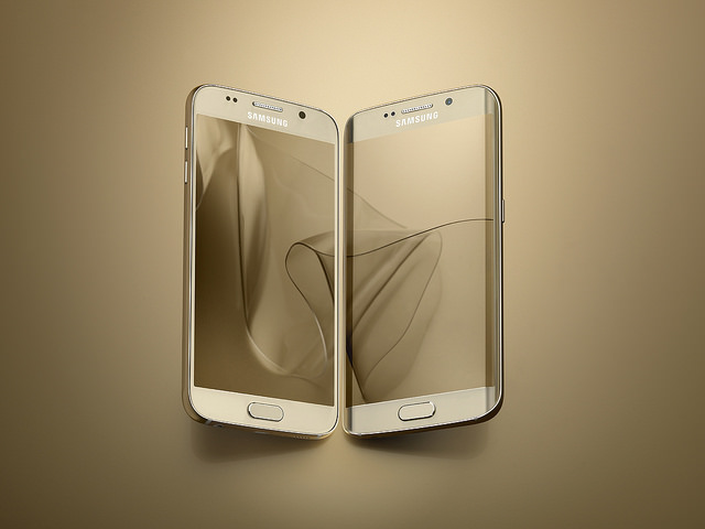 Galaxy S6, first showcased last month, is equipped with various state-of-the-art features. (image: Samsung Electronics)