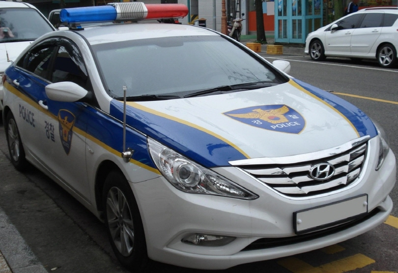 According to a report from the Korean National Police Agency (KNPA), 350 out of the 5,983 police cars in Korea were overage and worn down at the end of 2014. (image: wikipedia)