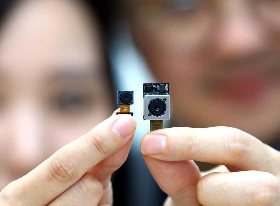 LG Innotek developed a groundbreaking 16MP camera module with an aperture of f/1.8. (image: LG Innotek)