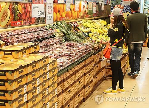 Economic Stagnation Widens Gap among Retailers