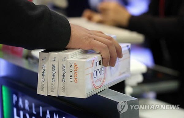 According to the Busan City government, cigarette tax revenues for 2014 were higher than the estimated figures. (image: Yonhap)
