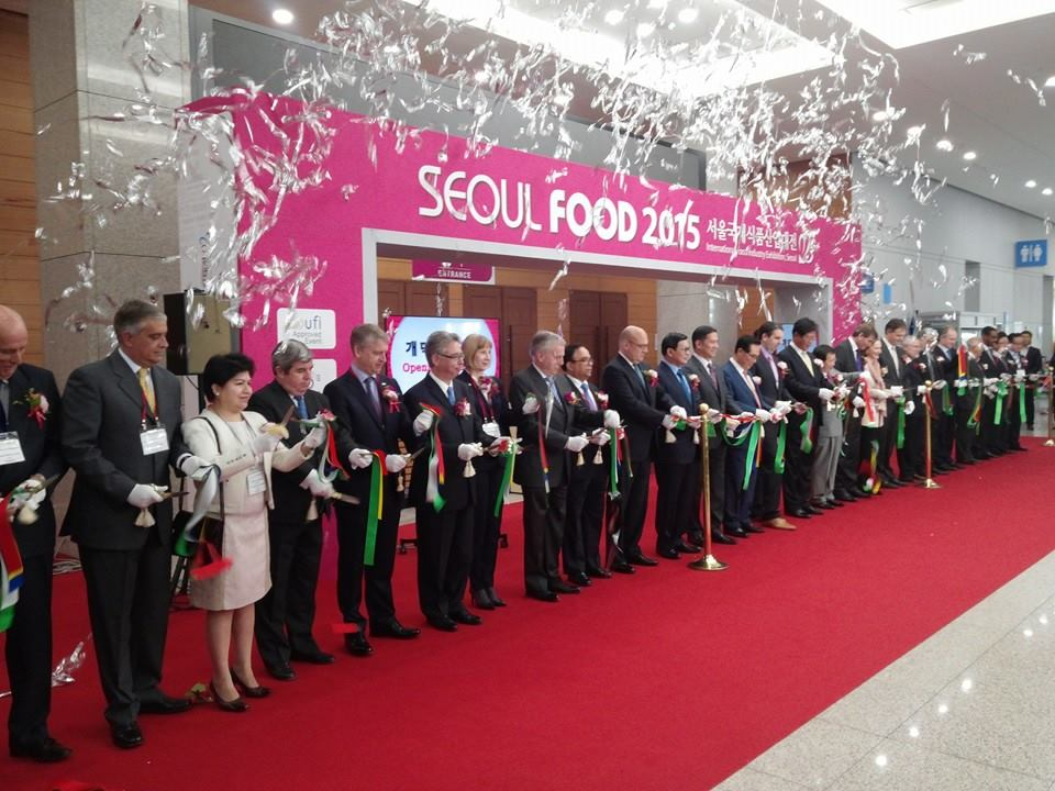 Seoul Food 2015 began its four-day run at the Korea International Exhibition Center in Ilsan, north of Seoul. (image: Seoul Food 2015)