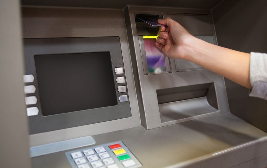 It is reported that a bank usually sees an annual loss of 1,600,000 won (US$ 1,475) for operating one ATM. (image: Korea Bizwire)