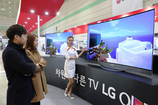 Smart TV to Take up 40 Pct of Global TV Market This Year