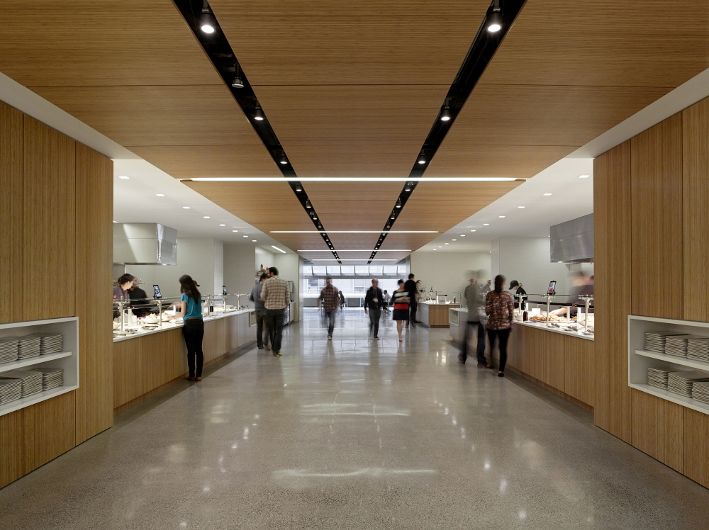 The new headquarters for Square Inc., a mobile payments startup company, is designed to be open and collaborative. (image: GE)