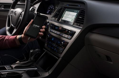 The Android Auto is an app that allows users to access the main features of Android smartphones while driving by looking at digital displays in their cars. (image: Hyundai Motor)