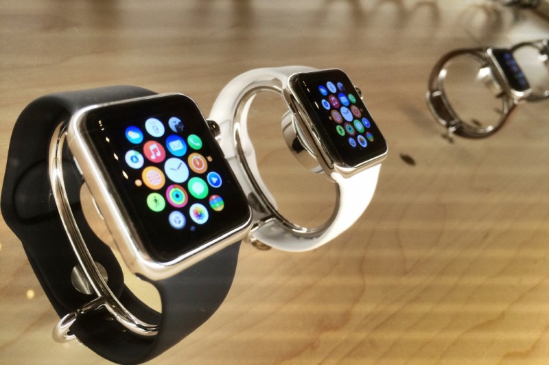 Korean Men from Twenties to Forties Most Interested in Buying Apple Watches