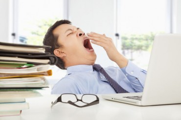 S. Koreans Spend More Time Sleeping, Eating, But Less on Work in 2014: Survey