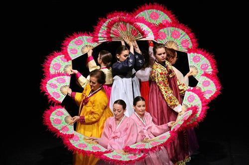 Hungarian Women to Perform Korean Traditional Dances in Korea