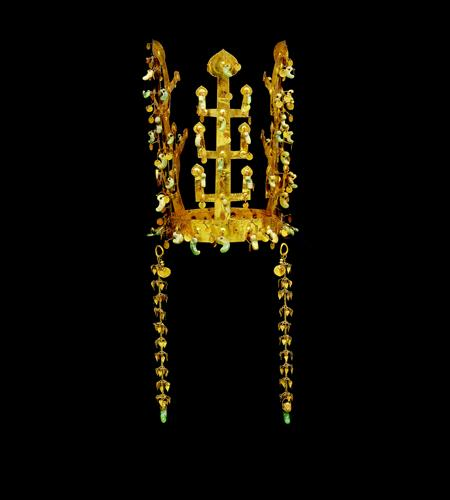 Golden Crown from the 'Golden Crown Tomb' (Image : Gyeongju National Museum)