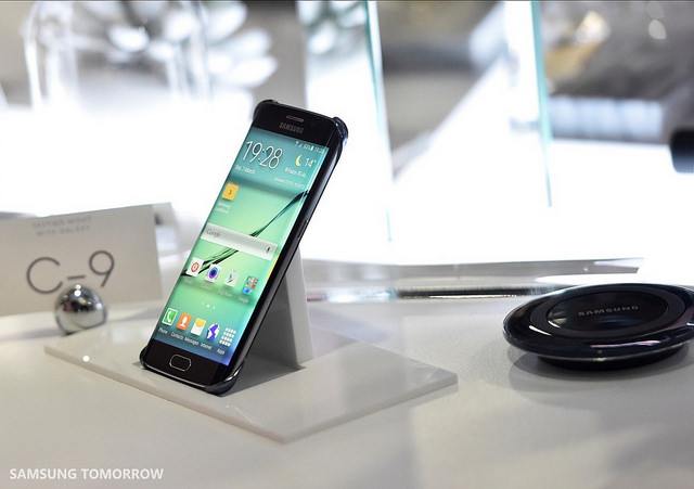 Samsung Maintains Top Position in Global Smartphone Market in 2Q