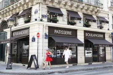 Paris Baguette Opening Second Store in France after First Store's Success
