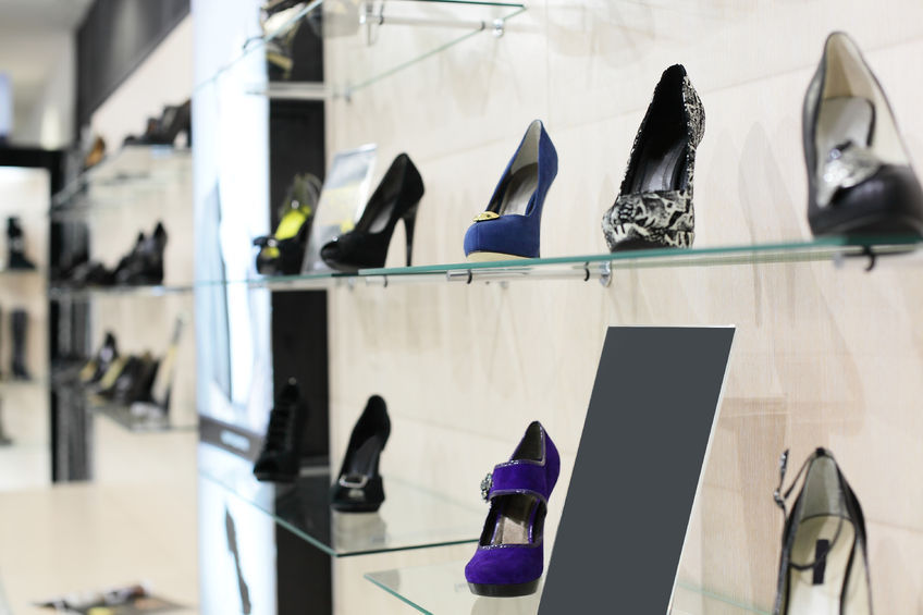 As the number of people purchasing shoes from online stores has increased, there has been a surge in the number of conflicts that are occurring as the result of customers requesting refunds. (image: Kobiz Media / Korea Bizwire)