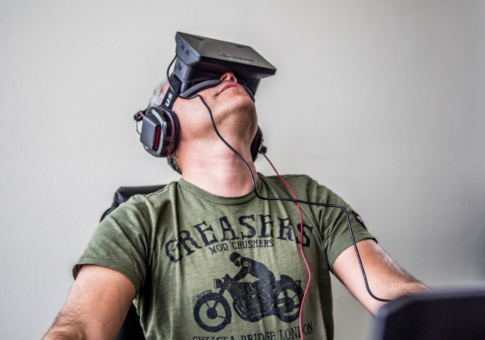 A VR headset is needed to properly experience the new content, which is formatted for 180-degree stereoscopic head tracking. (image: Public Domain)