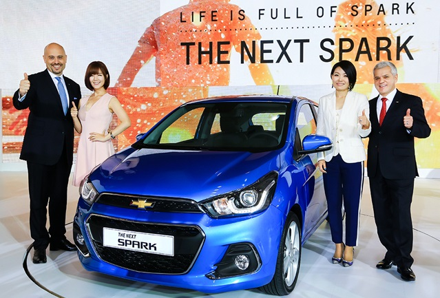 First unveiled at the 2015 Seoul Motor Show in April, the new Spark is the first completely redesigned model in six years after GM Daewoo's Matiz Creative. (image: GM Korea)