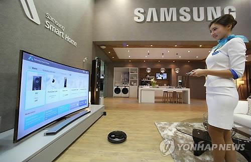 Industry watchers are suggesting that Samsung Electronics might find itself stuck between the US and China in the home Internet of Things (IoT) business. (Image : Yonhap)