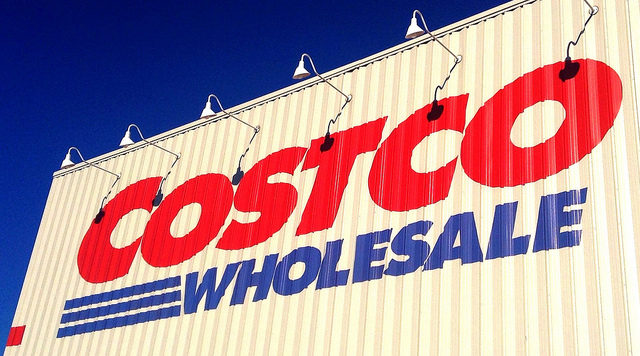 Newly Opened Costco Store Attracts Waves of Customers
