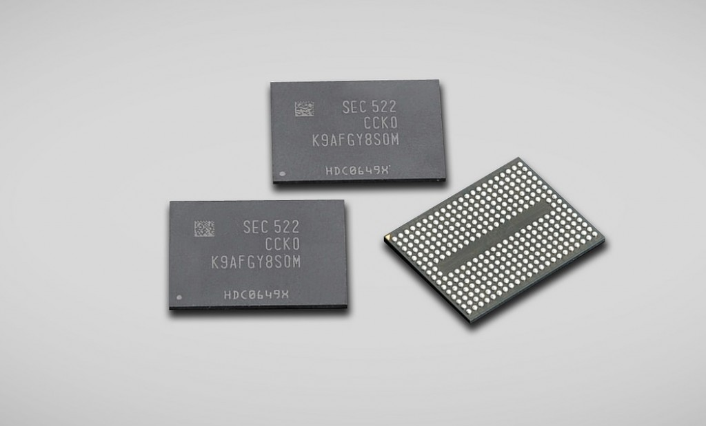 The 256-Gb NAND chip comes with twice as much capacity to save data as its predecessor, the 128-Gb NAND flash memory chip. (image: Samsung Electronics)
