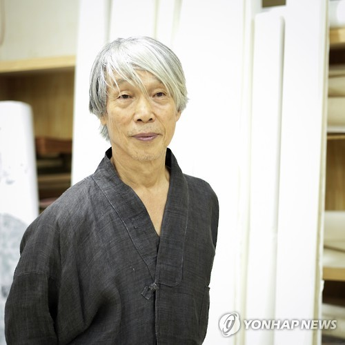 Park Dae-sung, master of Korean painting, donated 830 pieces of his art as well as belongings to open the Gyeongju Solgeo Museum of Art.  (image: Yonhap)