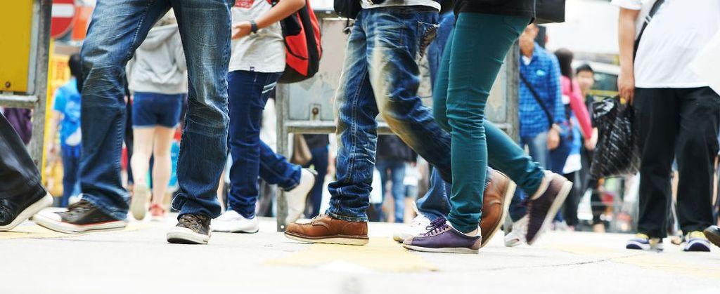 A recent survey has revealed that Koreans spend an average of 300,000 won every year on shoes. (Image : Kobizmedia / Korea Bizwire)