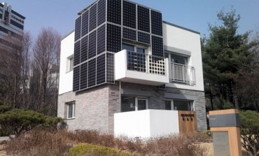 Smaller, More Affordable Solar Panels Generate Electricity at Homes