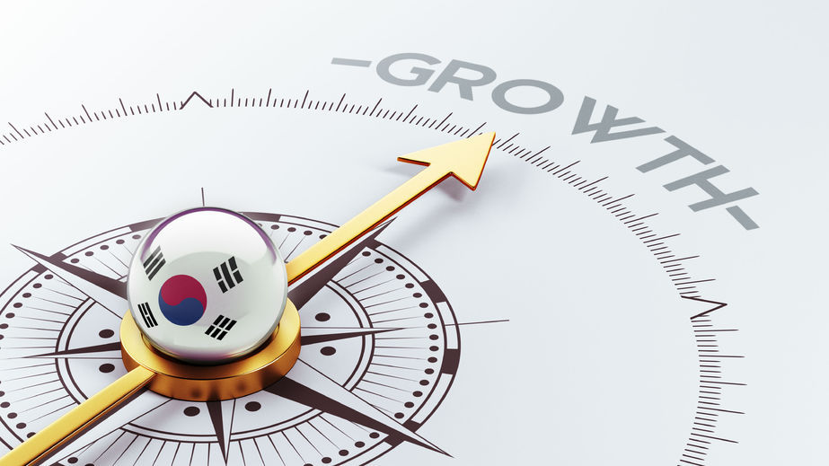 The latest monthly Consensus Economic report showed overseas think tanks and IBs expect Asia's fourth-largest economy to grow at an average rate of 2.9 percent next year, down from a 3.2 percent estimate forecast in September. (Image : Kobizmedia / Korea Bizwire)
