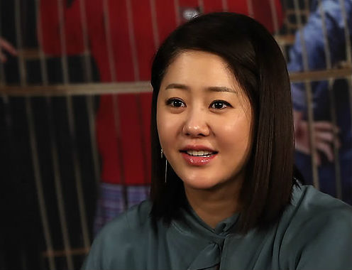 Actress Go Hyun-jung will return to the TV after a three year absence, in the tvN drama 'Dear Friends' (working title). (Image : Yonhap)