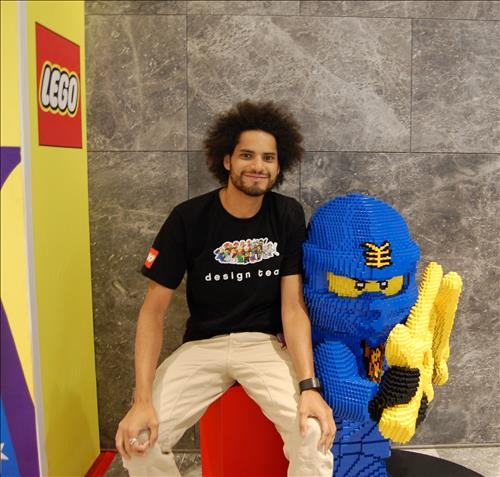 Frederic Andre (33), a LEGO designer, visited the Hyundai Department Store in Pangyo on October 11. (Image : Yonhap)