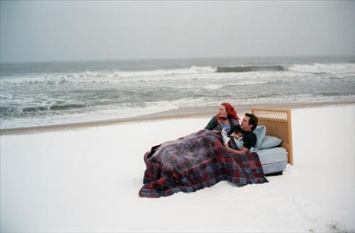 'Eternal Sunshine Of The Spotless Mind', directed by Michel Gondry, starring Jim Carrey and Kate Winslet, will be re-released to celebrate the 10th anniversary of its release. (Image : Yonhap)