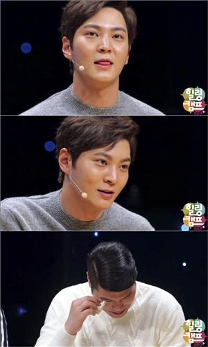 As the actor recalled the hardships he went through while he was shooting 'Yong-pal', a popular drama that ended recently, his eyes got misty. (Image : SBS /  Healing Camp Capture)