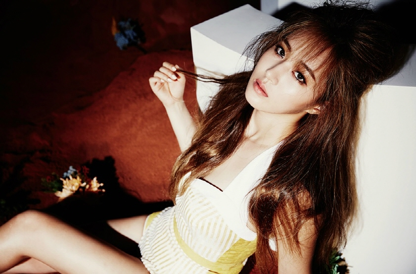 Yuri is the fourth Girls' Generation member to find herself newly single this year. (image: SM Entertainment)
