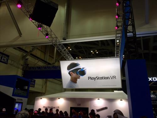 Sony Entertainment Korea demonstrated its 'PlayStation VR', a new virtual reality game device, at G-STAR. (Image : Yonhap)