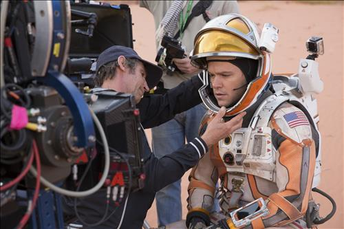 As the sci-fi blockbuster movie 'The Martian' became a box office hit, items related to space, science and NASA are also in high demand. (Image : Yonhap)