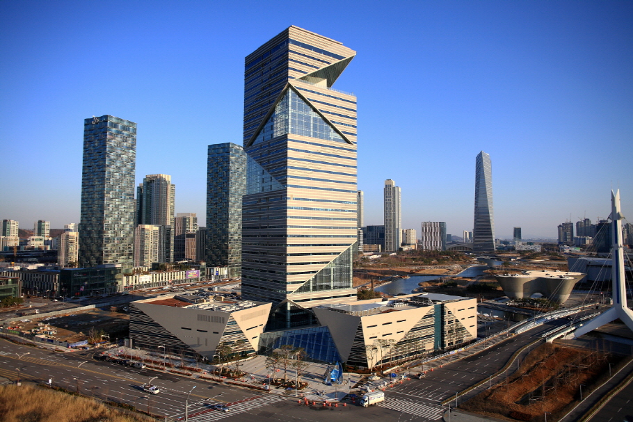 The I-Tower, where the GCF office will be housed, is an eco-friendly building. (image: Daewoo 7&C)