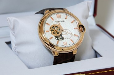 Luxury Watch Sales Soar Despite Economic Slowdown