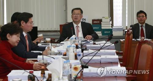 A revision of the 'Special Act to Enhance the Status of Faculty' passed the general meeting of the Education and Culture, Sports and Tourism Commission in the parliament. (Image : Yonhap)